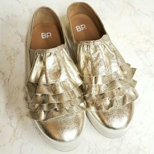 BP. gold ruffle loafers